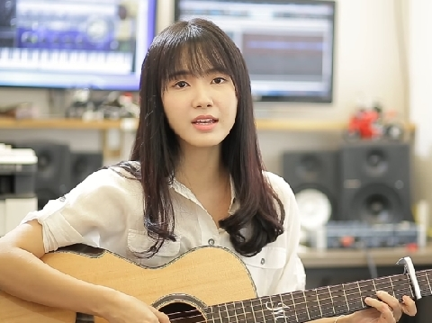 ''Thánh nữ bolero'' Jang Mi yếu đuối hát ''Mong manh tình về''