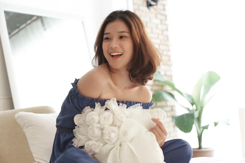 Hoàng Yến Chibi siêu dễ thương với bản cover ''Làm người yêu em nhé''