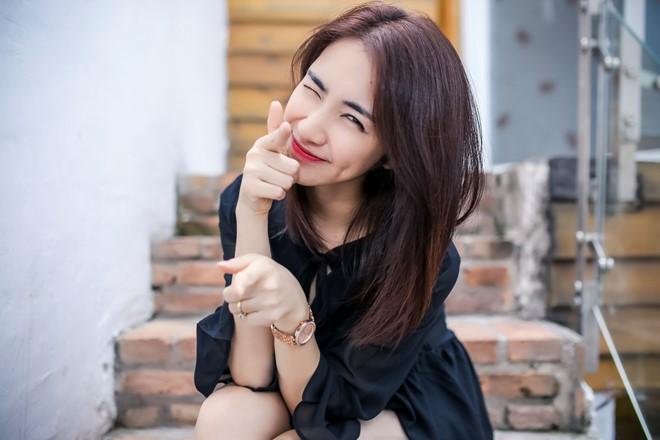 Hòa Minzy bất ngờ cover ''Anh Thế Giới và Em'' nội lực không kém Hương Tràm