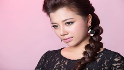 Phượng Vũ The Voice khoe giọng nội lực với hit ''Gửi người yêu cũ''