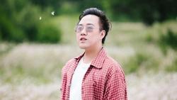 Trung Quân Idol hát Chắc ai đó sẽ về hay không kém gì Sếp