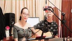 Gợi lại quá khứ với bản hít cổ ''Biệt khúc chờ nhau'' cover bởi vợ chồng Tùng Aucostic và Ngân Chíp