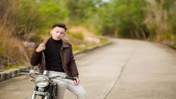 Trần Hồng Phúc cover hit mới ''Chia tay'' siêu hay