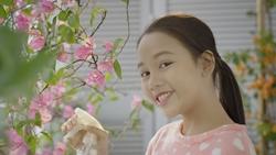 Bùi Hà My The Voice Kid khoe giọng hát trong trẻo qua bản cover ''Say you do''