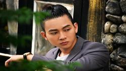 Hoài Lâm hát ''Thao thức vì em'' hay chả kém gì đàn anh