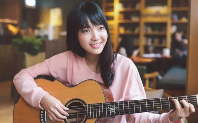 Jang Mi lại gây thương nhớ với bản mash up Xin đừng lặng im và Em gái mưa chất lừ
